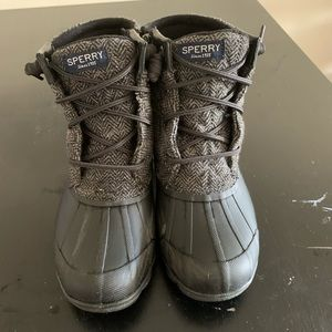 Sperry 5.5 Winter boots black and grey